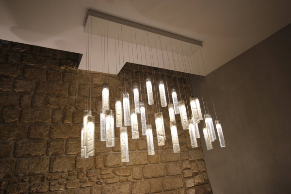 Contemporary light for dining table