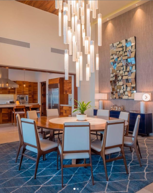 Large lighting for high ceiling